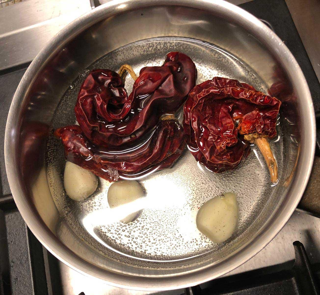 Poulpe à la sauce Romesco préparation 6